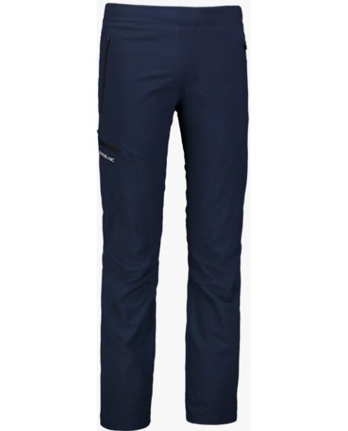 Mens outdoor pants with fleece rest
